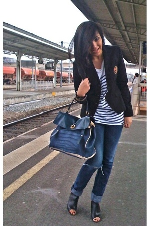 Ralph Lauren blazer - H&amp;M t-shirt - Diesel jeans - Chanel shoes - Yves Saint Lau
