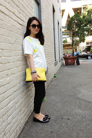 yellow yellow 31 Phillip Lim bag - dark green Chloe sunglasses