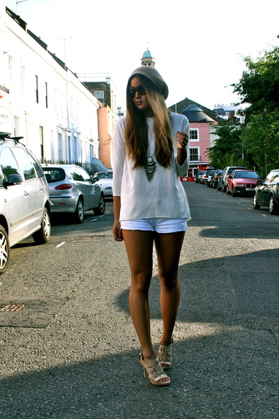 white Theory top