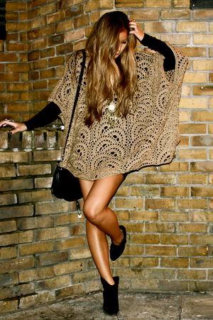 brown Zara dress