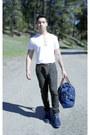 V-neck-calvin-klein-shirt-duffle-ralph-lauren-bag-zara-pants