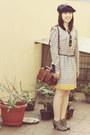 Heather-gray-oxford-bata-shoes-vintage-lily-dress-navy-beret-hat