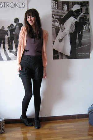 black second hand shorts - beige H&M cardigan - gray H&M shirt - black Topshop s