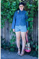 blue blouse - blue LEI shorts - red citizen rosebud bag - beige Mia shoes - red