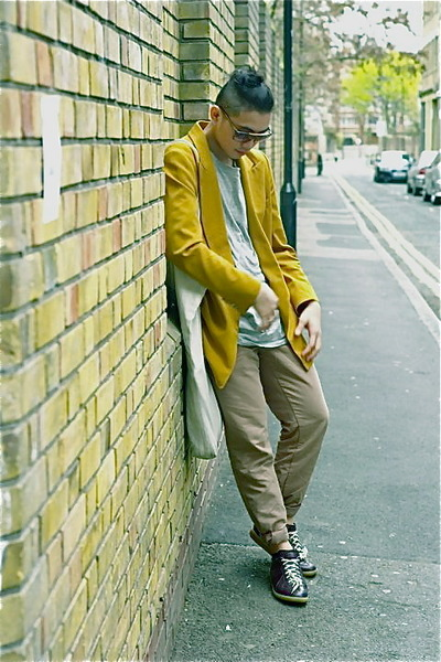 gold Dries Van Noten blazer - brown Marc Jacobs glasses - green Gap pants - blac