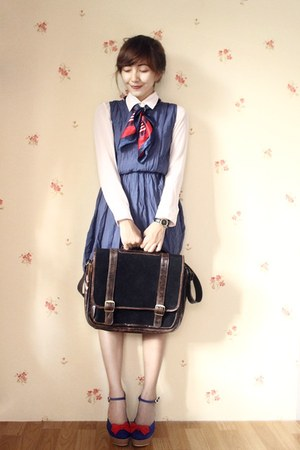 vintage bag - cotton bretzel dress