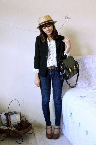pumps - jeans - blazer - shirt - bag