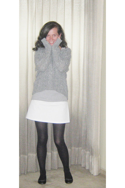 Stradivarius sweater - DIY skirt