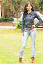 Abril shirt - Zara boots - Stradivarius jeans