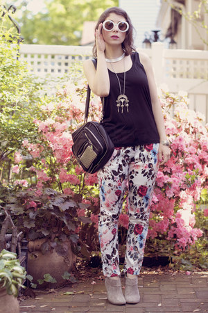 white floral romwe pants - black studded Urban Outfitters bag