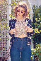 beige floral romwe blouse - blue flared Urban Outfitters jeans