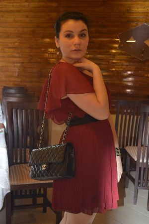 brick red Forever 21 dress - black Chanel bag - black random brand belt