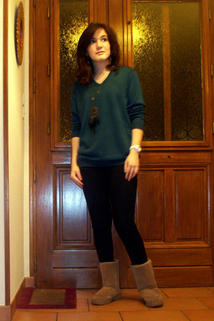 teal jumper - camel bearpaw boots - black Miss Selfridge jeans