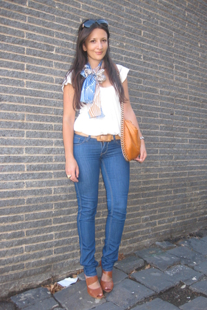 blue Leethal scarf - beige Indigo top - blue lee riders jeans - orange Tilkah pu