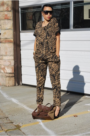 polyester ClosetPiece suit