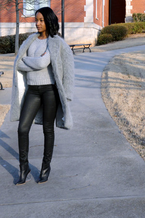 gray sweater - lucite booties boots - gray fur coat - black coated jeans