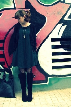 H&amp;M sweater - H&amp;M dress - some shop in Athens tights - shop in Athens shoes - Ru