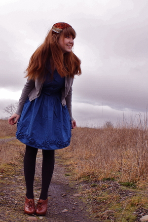 gray Gap cardigan - blue BB Dakota dress - black Walmart tights - brown seychell