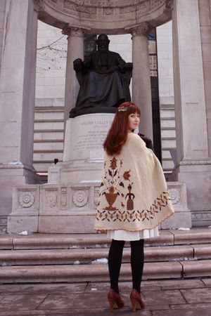 beige vintage cape coat - white vintage dress - black H&amp;M tights - brown seychel