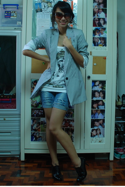 People are People glasses - Zara blazer - Zara top - shorts - ilaya shoes