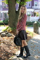 brick red heart Sheinside shirt - black studded bag vjstyle bag