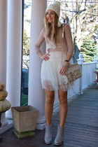 white knitted Everbuying hat - tan tutu Everbuying dress