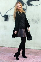 crimson LC Waikiki skirt - black suede Zara boots - black Mango coat