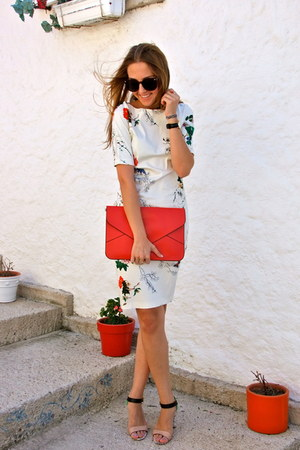red clutch vjstyle bag - white floral print cichic dress
