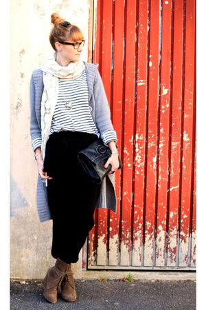 Zara pants - H&amp;M shirt - vintage purse - H&amp;M scarf