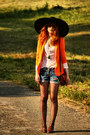Zara-jacket-levis-shorts-vintage-top
