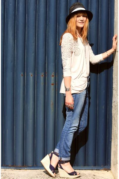 H&M shirt - Osmose shoes