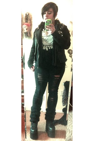 black Hot Topic shirt - black Nasty Gal shoes