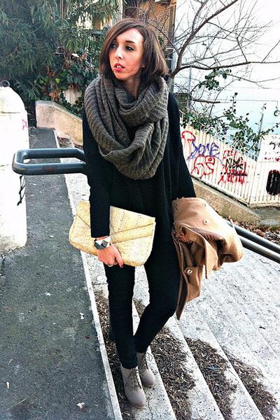 H&M boots - romwe coat - Bershka jeans - Stradivarius sweater