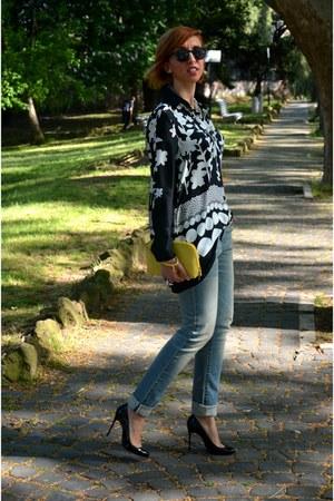 Levis jeans - Nara Camicie shirt - H&M sunglasses - Christian Louboutin heels