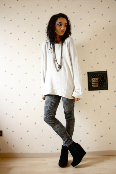 AMERICAN VINTAGE sweater - Topshop jeans - Jeffrey Campbell shoes