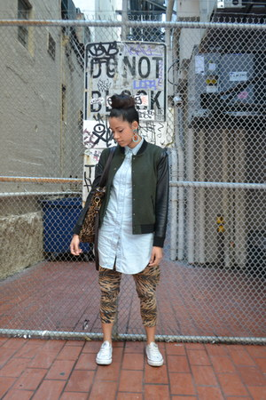 tiger print GAG Threads pants