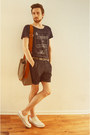 White-converse-shoes-army-green-veja-bag-navy-zara-shorts-navy-h-m-t-shirt