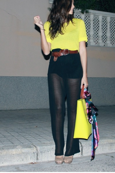 Stradivarius pants - H&M shirt - Zara bag - Pura Lopez heels