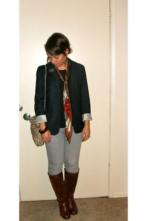 brown naturalizer boots - silver thrifted jeans - blue Gap blazer - black banana