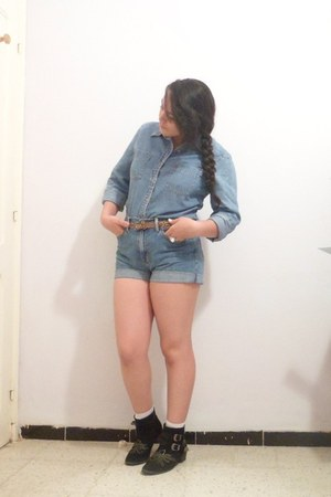 denim shirt Levis shirt - denim shorts Guess shorts