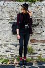 Black-felt-thrifted-hat-maroon-second-hand-blazer