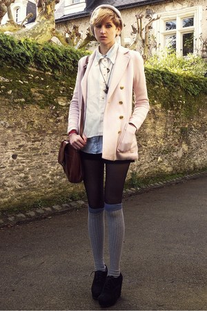 light pink buttoned H&amp;M jacket - beige beanie asos hat
