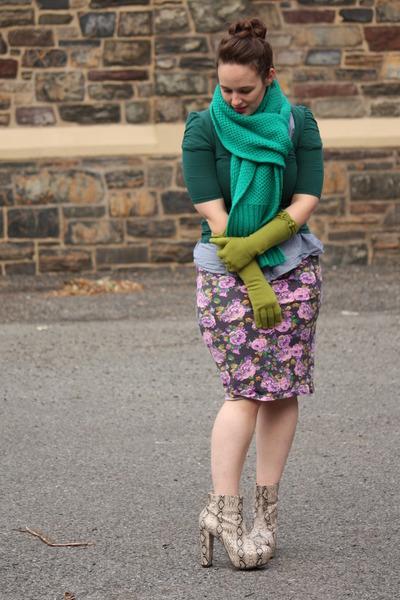 green bright green J Crew scarf - heather gray boots - purple asos dress