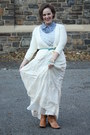 Tawny-boots-periwinkle-shirt-ivory-embroidered-zara-skirt