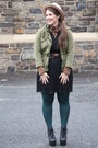 Black-pleated-zara-dress-eggshell-wool-hat-olive-green-army-zara-jacket