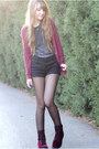 Crimson-velvet-h-m-boots-black-high-waisted-h-m-shorts