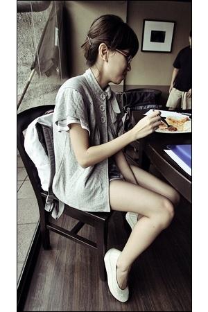 white wedged Puma shoes - white shorts - gray layered Mango top