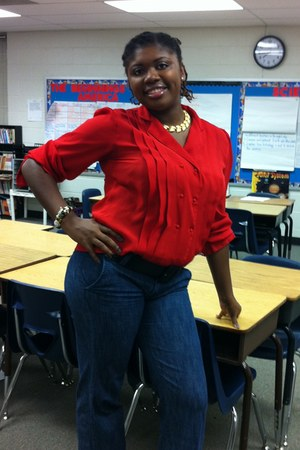 red vintage Kle blouse - blue pants - gold necklace - Forever21 bracelet
