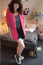 black platforms Maxstar sneakers - hot pink long H&M blazer