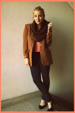 vintage blazer - H&amp;M jeans - handmade scarf - H&amp;M top - new look heels